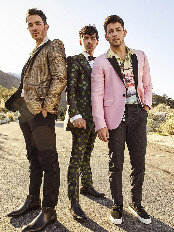 Jonas Brothers Set To Ring In 2020 At The Legendary Fontainebleau Miami Beach