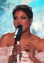Aldo Dinelli Glitters Toni Braxton's Performance At AMAs After 25 Years By Dressing Her In ICON Jewels