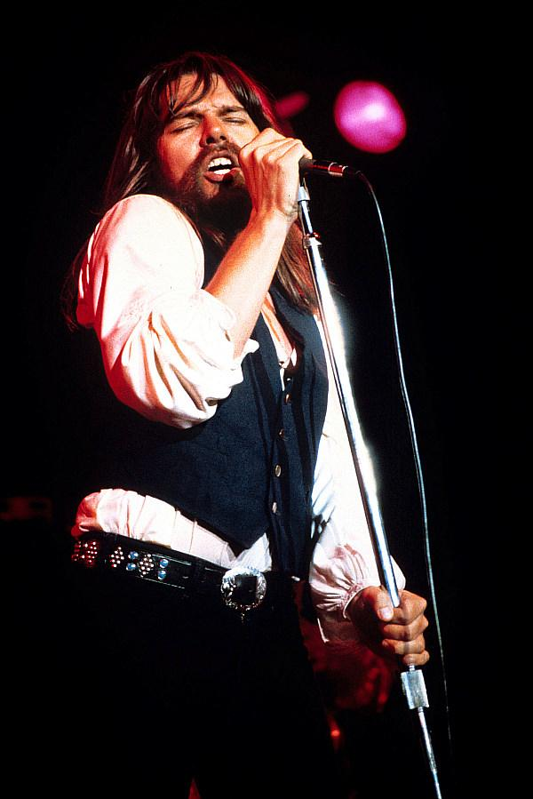 """Capitol Records Celebrates The Launch Of Bob Seger's Official Artist Channel On YouTube With The Premiere Of A """"Night Moves"""" Lyric Video"""