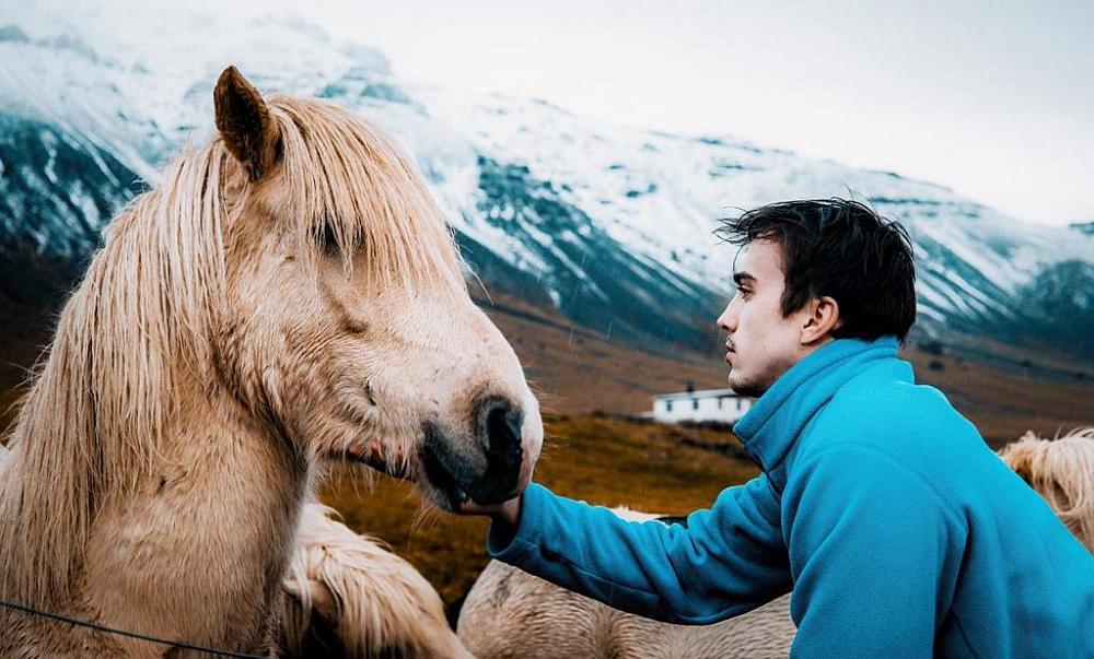 "Photographer Artem Shestakov to Co-Direct New Movie ""Blue Springs"""