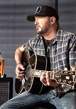 Country Artists Jason Aldean and Florida Georgia Line Launch Latest Hit: Wolf Moon Bourbon