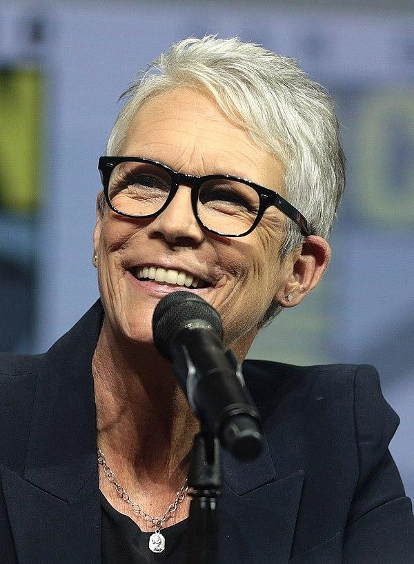"Jamie Lee Curtis to Host ""Lionsgate Live! A Night at the Movies"" Featuring Four Fridays of Free Movies Streaming Live on YouTube"