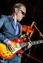 "Joe Bonamassa Shares Epic New Rock Ballad ""When One Door Opens"" From Abbey Road Studio Recordings"
